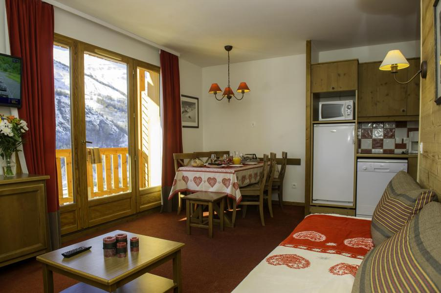 Holiday in mountain resort Les Chalets de Valoria - Valloire - Open-plan kitchen
