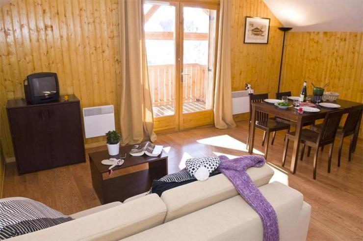 Vacances en montagne Les Chalets des Ecourts - Saint Jean d'Arves - Séjour