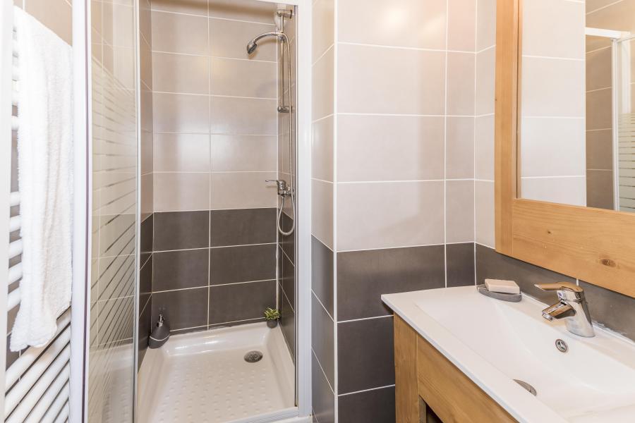 Vacances en montagne Appartement duplex 4 pièces 8 personnes - Les Chalets Des Rennes - Vars - Douche