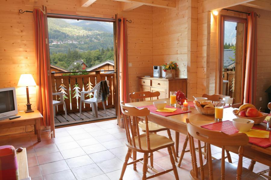 Urlaub in den Bergen Les Chalets du Bois de Champelle - Morillon - Esszimmer