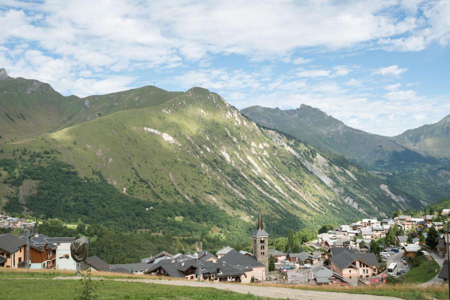 Skiverleih 4-Zimmer-Appartment für 6 Personen (A03) - Les Chalets du Gypse - Saint Martin de Belleville - Draußen im Sommer