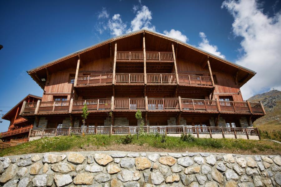 Location au ski Les Chalets Du Soleil Authentiques - Les Menuires - Extérieur été