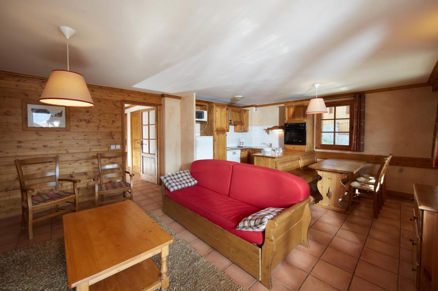 Urlaub in den Bergen Les Chalets du Soleil - Les Menuires - Kleines Wohnzimmer