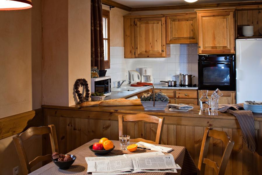 Urlaub in den Bergen Les Chalets du Soleil - Les Menuires - Küche