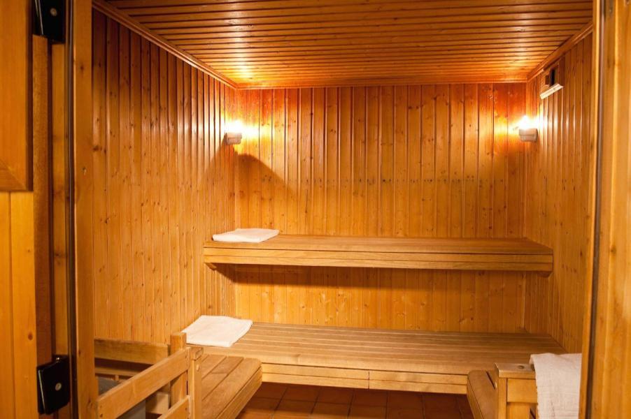Vacances en montagne Les Chalets du Thabor - Valfréjus - Sauna