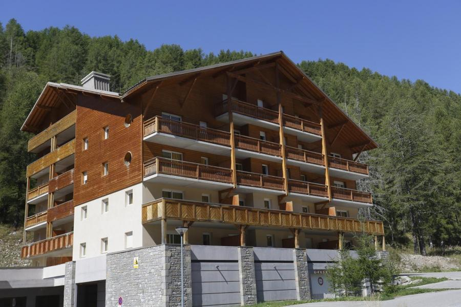 Holiday in mountain resort Les Chalets du Verdon - Val d'Allos - Summer outside