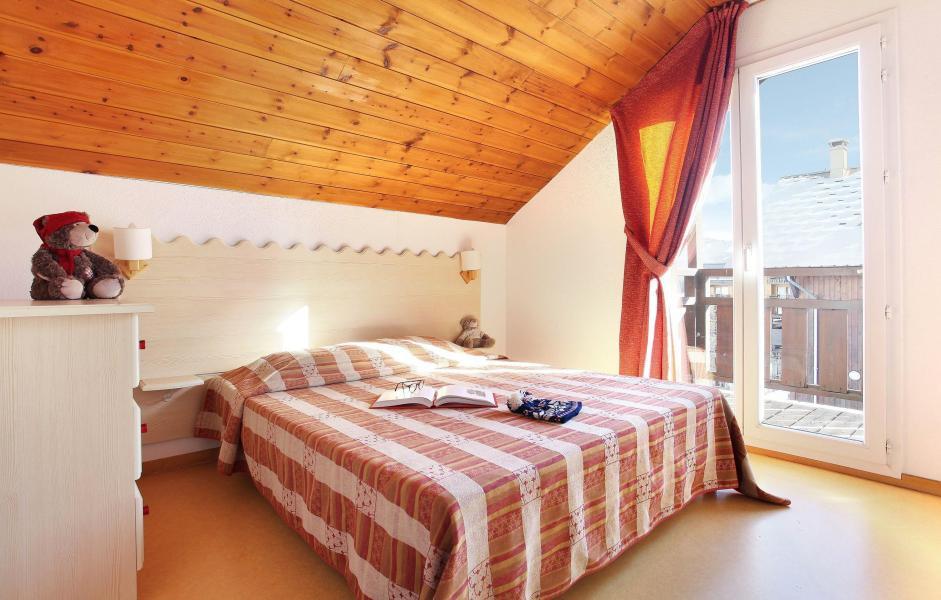 Vacanze in montagna Les Chalets Puy Saint Vincent - Puy-Saint-Vincent - Letto matrimoniale