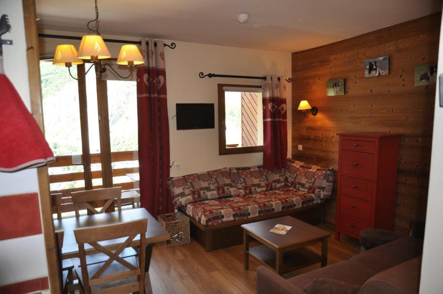Holiday in mountain resort 2 room apartment 5 people (22) - Les Chalets Valoria - Valloire - Living room