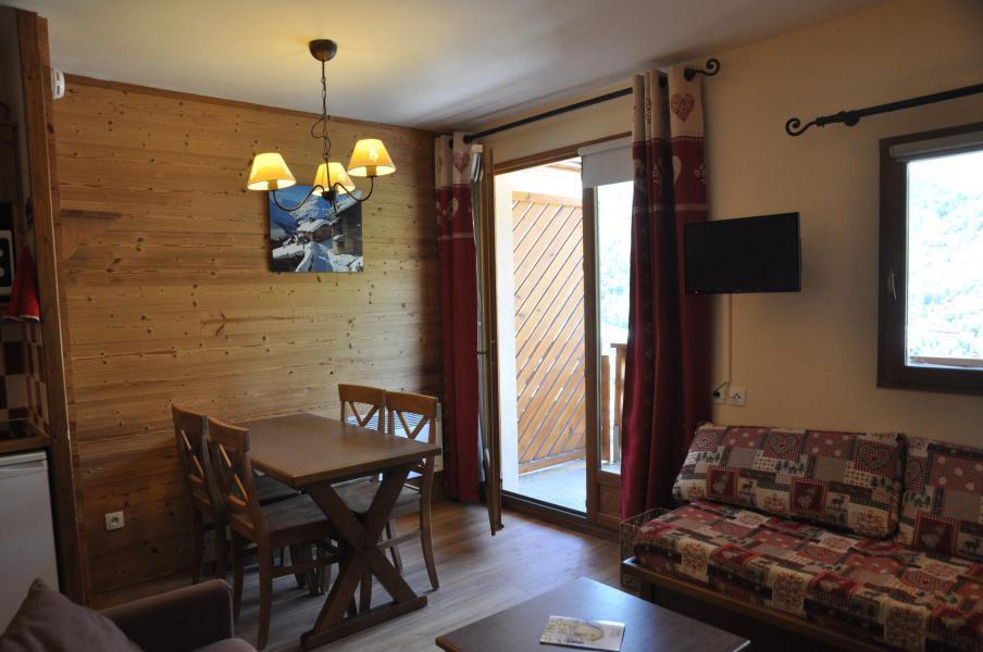 Urlaub in den Bergen 2-Zimmer-Appartment für 5 Personen (22) - Les Chalets Valoria - Valloire - Tisch
