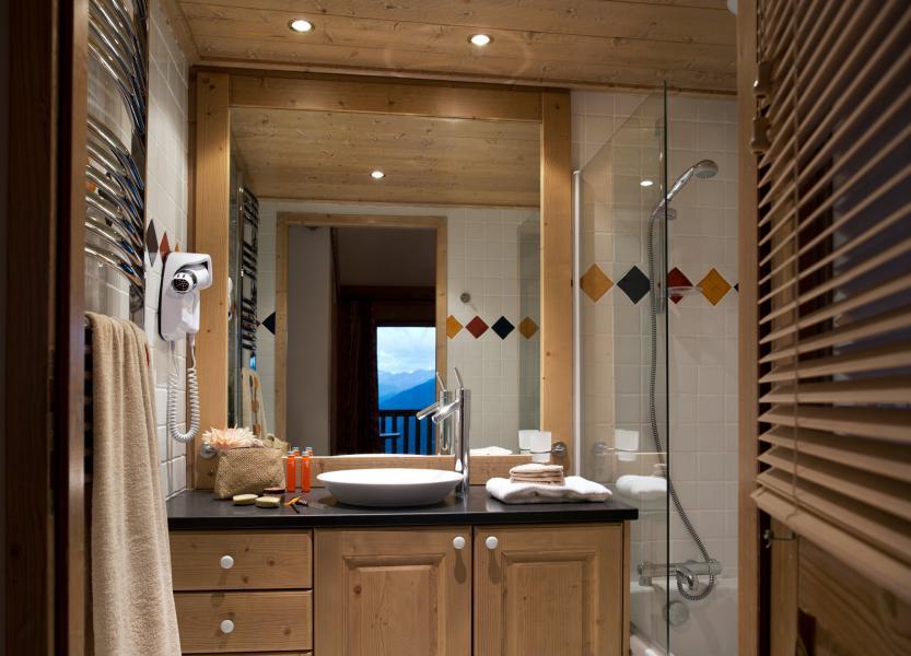 Vacances en montagne Les Cimes Blanches - La Rosière - Salle de bains