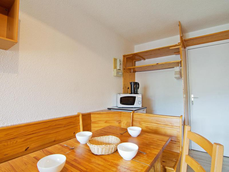 Holiday in mountain resort 1 room apartment 4 people (20) - Les Cîmes de Caron - Val Thorens - Accommodation
