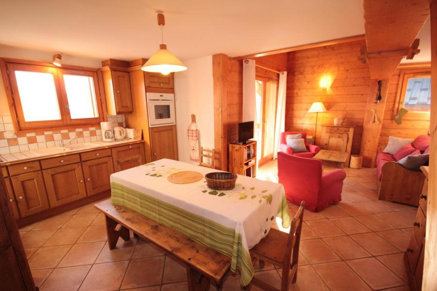 Vacaciones en montaña Apartamento 4 piezas mezzanine para 8 personas (FERJ07) - Les Fermes du Beaufortain J - Les Saisies - Mesa