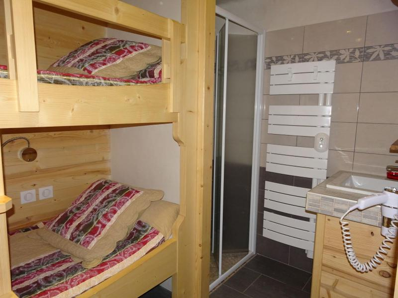 Vacaciones en montaña Apartamento 4 piezas para 6 personas (A6) - Les Hauts de Planchamp - Champagny-en-Vanoise - Camas superpuestas