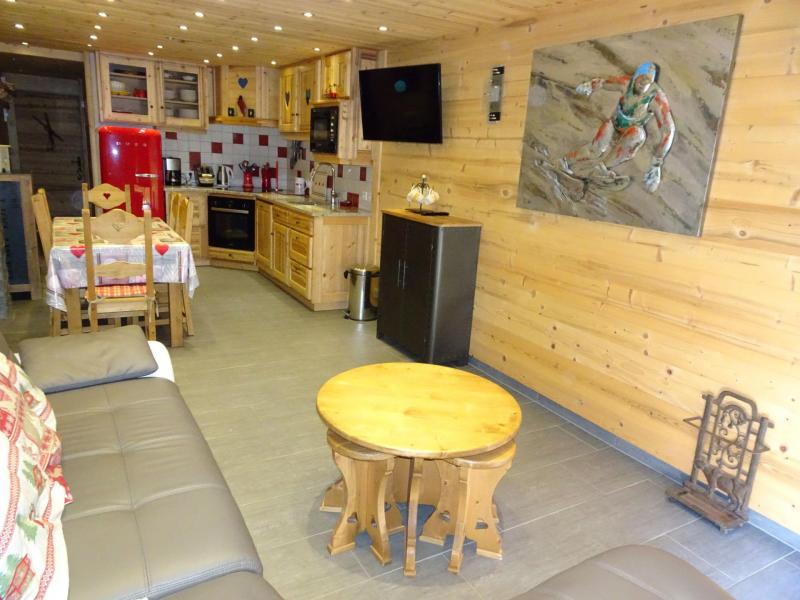 Vacaciones en montaña Apartamento 4 piezas para 6 personas (A6) - Les Hauts de Planchamp - Champagny-en-Vanoise - Mesa