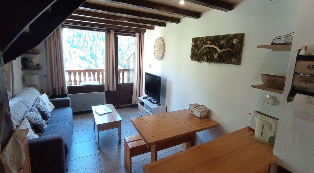 Wakacje w górach Apartament duplex 3 pokojowy 6 osób (C09BCL) - Les Hauts de Planchamp - Campanule - Champagny-en-Vanoise - Pokój gościnny