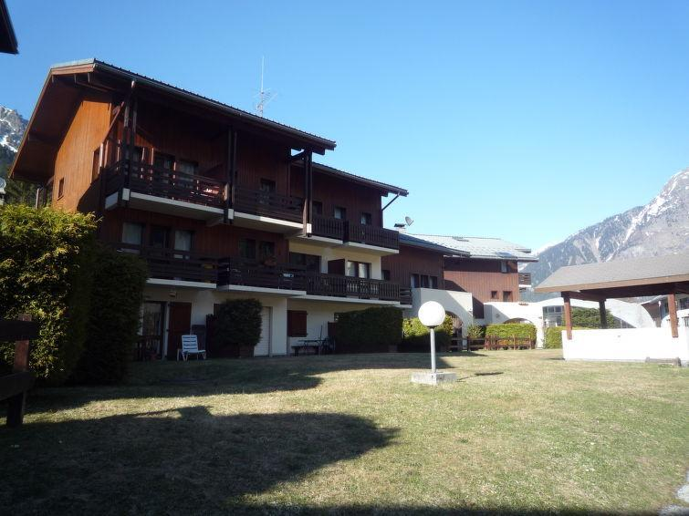Holiday in mountain resort 1 room apartment 4 people (4) - Les Jardins du Mont-Blanc - Chamonix - Summer outside