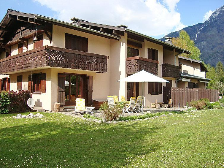 Holiday in mountain resort 4 room apartment 6 people (1) - Les Liarets - Chamonix - Summer outside