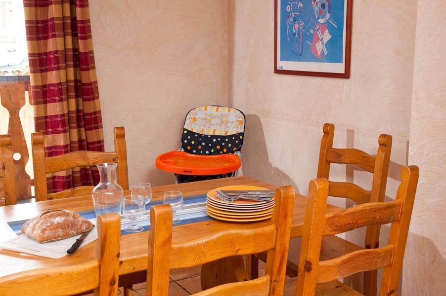 Urlaub in den Bergen Les Lodges des Alpages - La Plagne - Essbereich