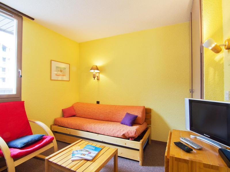 Holiday in mountain resort 1 room apartment 2 people (8) - Les Origanes - Les Menuires - Accommodation
