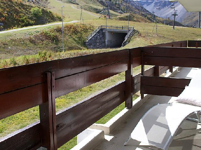 Holiday in mountain resort Studio sleeping corner 4 people (2) - Les Pistes - Tignes - Summer outside