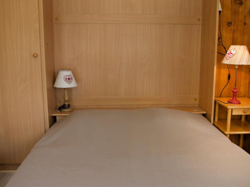 Holiday in mountain resort Studio sleeping corner 4 people (2) - Les Pistes - Tignes - Bed