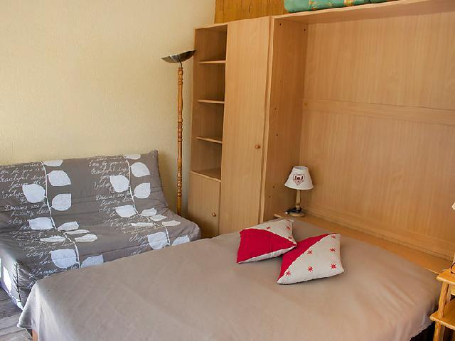 Holiday in mountain resort Studio sleeping corner 4 people (2) - Les Pistes - Tignes - Living room