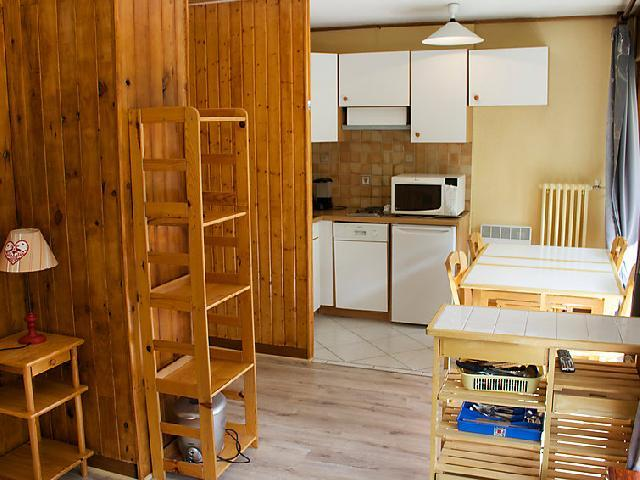Holiday in mountain resort Studio sleeping corner 4 people (2) - Les Pistes - Tignes - Living room