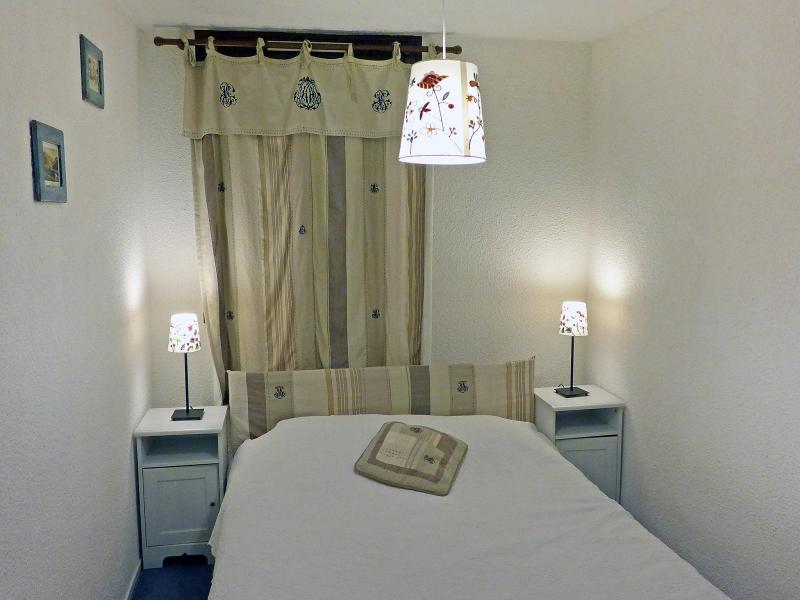 Holiday in mountain resort 2 room apartment 6 people (9) - Les Tommeuses - Tignes - Bedroom