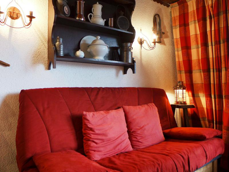 Holiday in mountain resort 1 room apartment 3 people (1) - Lognan - Chamonix - Accommodation