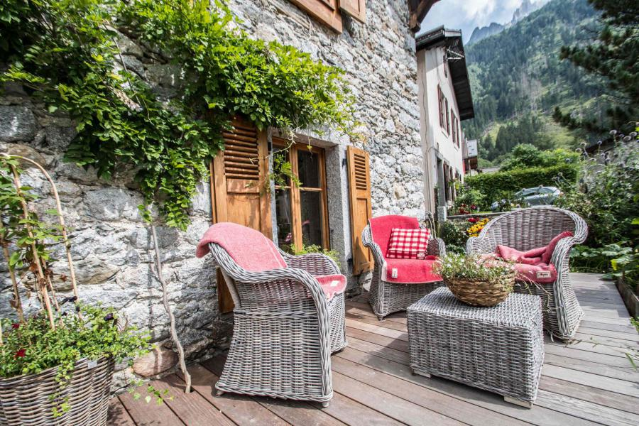 Аренда на лыжном курорте Maison Alpie - Chamonix - летом под открытым небом
