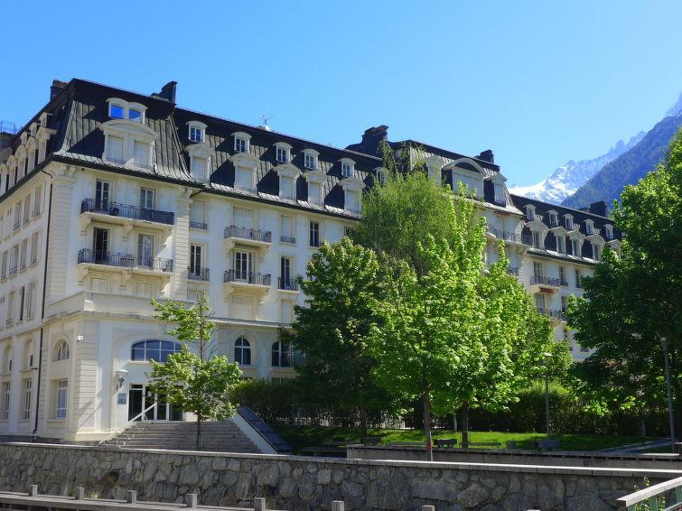 Holiday in mountain resort Mont-Blanc - Chamonix - Summer outside