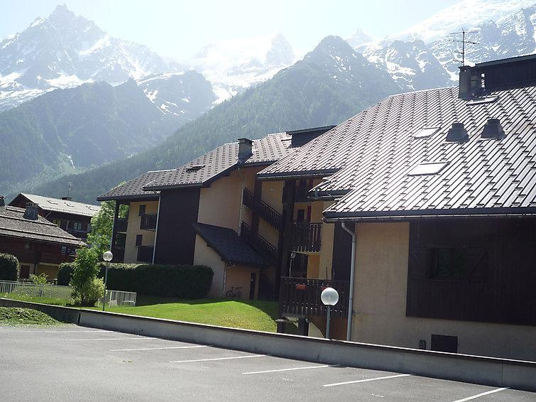 Holiday in mountain resort 1 room apartment 4 people (1) - Mont-Blanc Plein Sud B - Les Houches - Summer outside