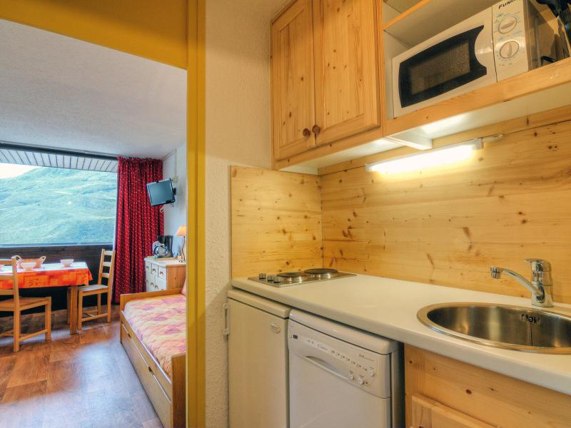Holiday in mountain resort 1 room apartment 3 people (2) - Pelvoux - Les Menuires - Accommodation