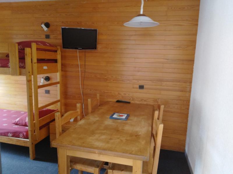Holiday in mountain resort Studio 4 people (05) - Résidence 3000 - La Plagne - Accommodation