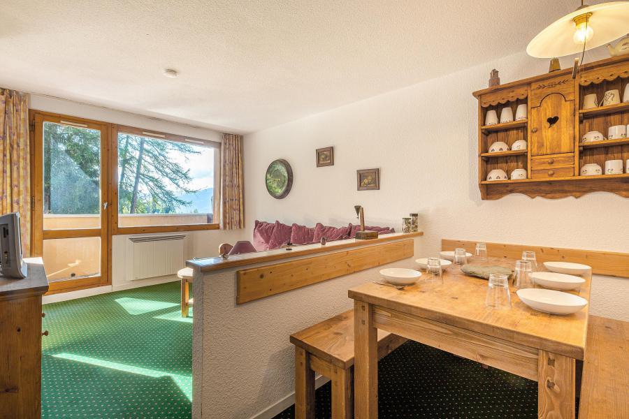 Vakantie in de bergen Appartement 2 kamers 6 personen (525) - Résidence 4ème Dé - Montchavin La Plagne