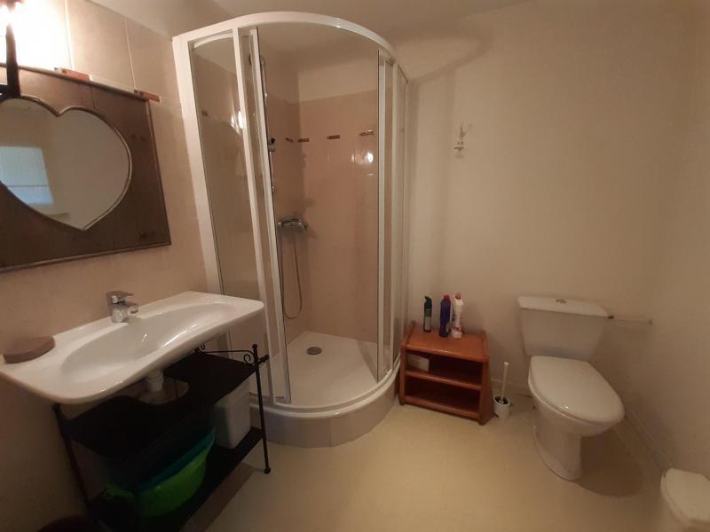Holiday in mountain resort Studio mezzanine 3 people (15) - Résidence Acquadora - Brides Les Bains - Shower