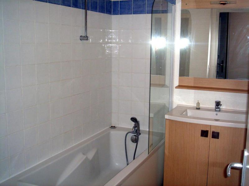 Holiday in mountain resort Résidence Adonis Molines By Olydea - Molines en Queyras - Bathroom