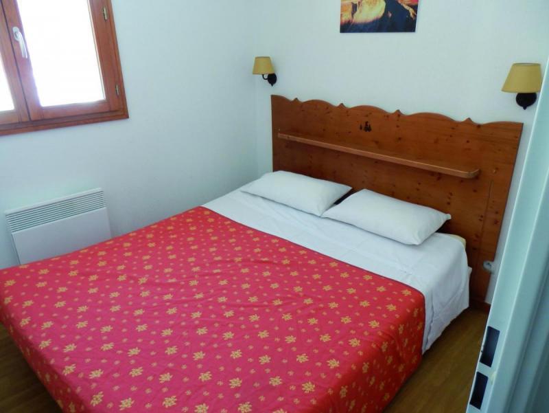 Holiday in mountain resort Résidence Adonis Molines By Olydea - Molines en Queyras - Bedroom