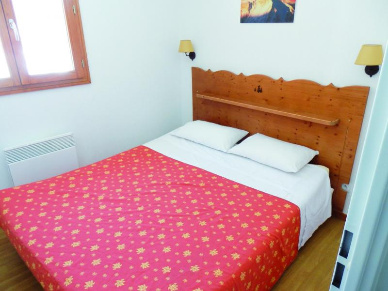 Holiday in mountain resort Résidence Adonis Molines By Olydea - Molines en Queyras - Double bed