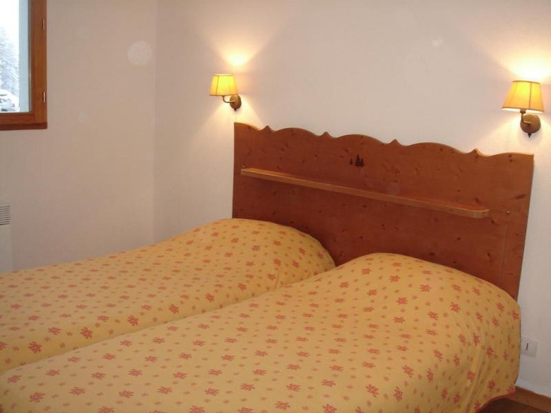 Holiday in mountain resort Résidence Adonis Molines By Olydea - Molines en Queyras - Single bed