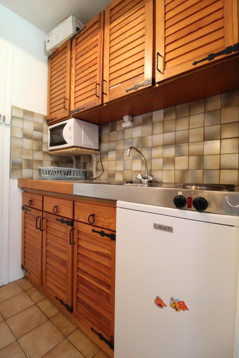 Holiday in mountain resort Studio mezzanine 4 people (072) - Résidence Aiglon - Val Cenis - Kitchenette