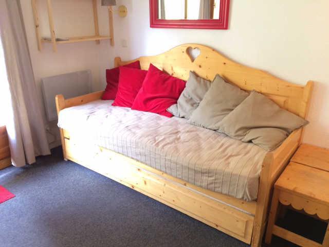 Vacaciones en montaña Apartamento cabina 2 piezas para 6 personas (114) - Résidence Aldebaran - Risoul - Sofá