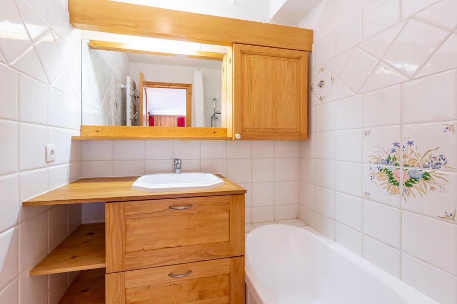 Vacaciones en montaña Apartamento 4 piezas para 8 personas (002) - Résidence Alpages D - Méribel-Mottaret - Bañera