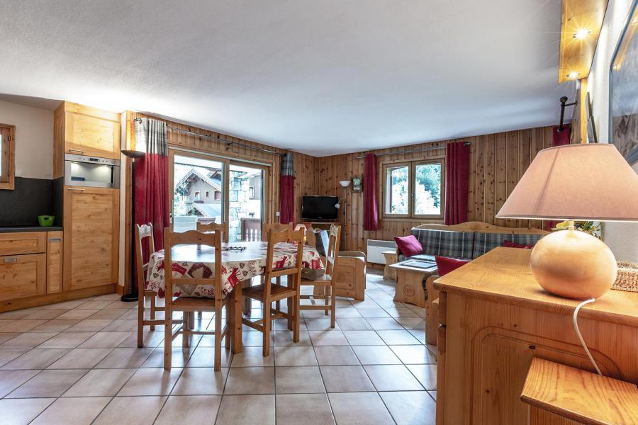 Vacaciones en montaña Apartamento 4 piezas para 8 personas (002) - Résidence Alpages D - Méribel-Mottaret - Estancia