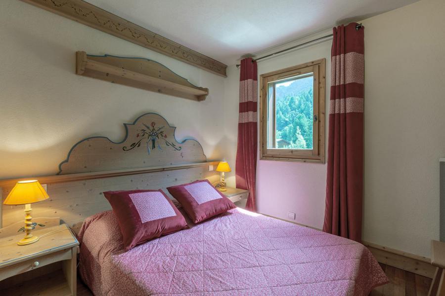 Vacances en montagne Appartement 4 pièces 7 personnes (003) - Résidence Alpages D - Méribel-Mottaret - Lit double