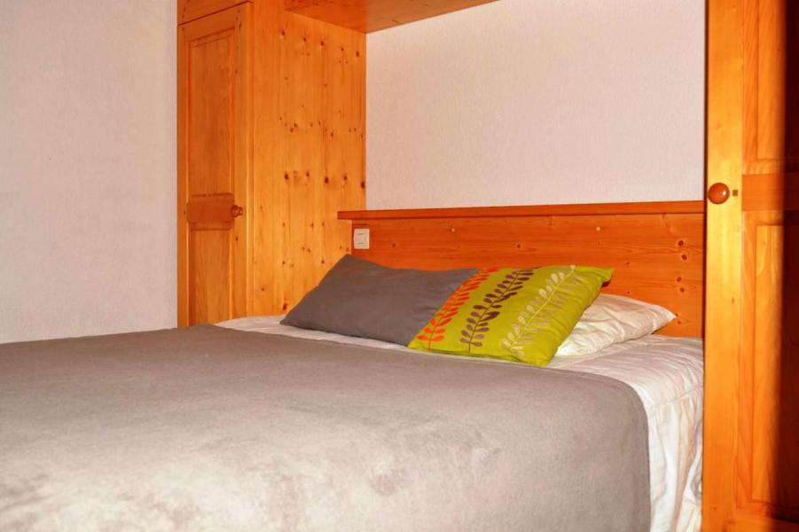Holiday in mountain resort 2 room apartment sleeping corner 6 people (012) - Résidence Alpina - Le Grand Bornand