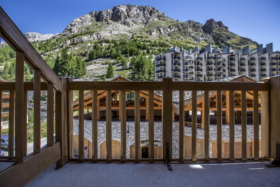 Vacances en montagne Résidence Alpina Lodge - Val d'Isère - Balcon