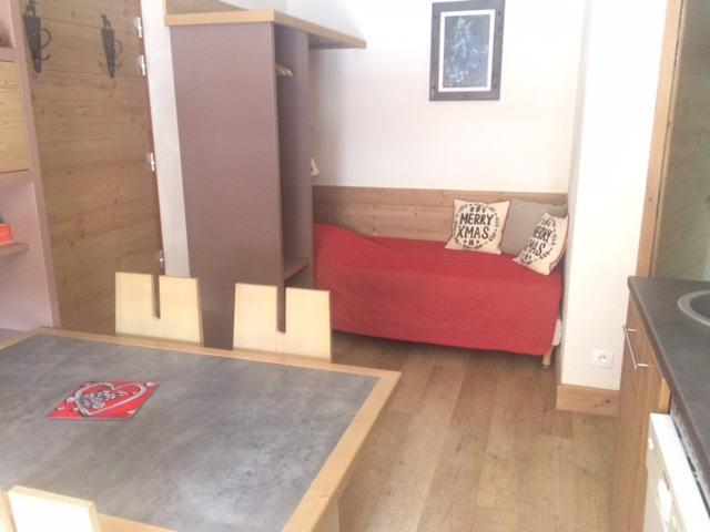 Vacaciones en montaña Apartamento cabina 2 piezas para 5 personas (404) - Résidence Antarès - Risoul - Estancia