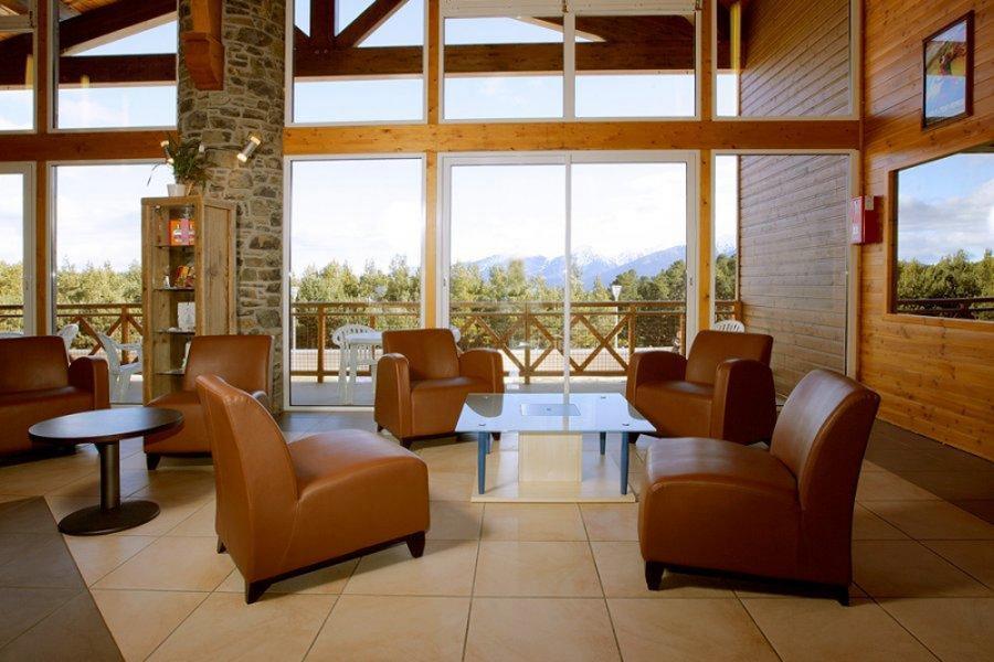 Vakantie in de bergen Résidence Appart'Vacances Pyrenées 2000 - Pyrénées 2000 - Receptie