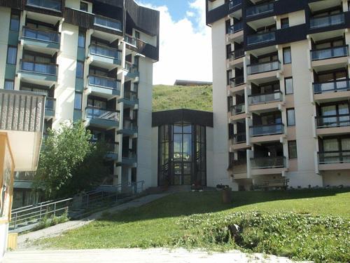 Location au ski Residence Armoise - Les Menuires - Extérieur été